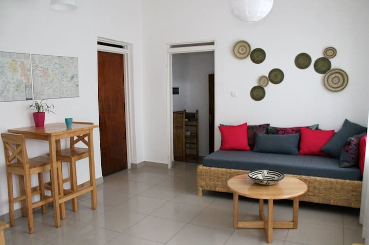 Colorful apartment near US Embassy - Kigali - Appartement