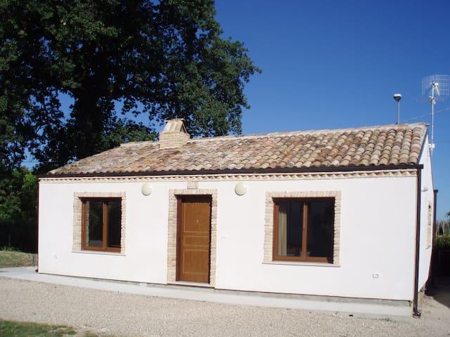 'La Capanna', Contrada Lazzaretto, Ortona, Abruzzo