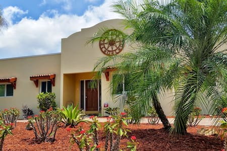 Spectacular Waterfront View with Total Privacy - Sarasota