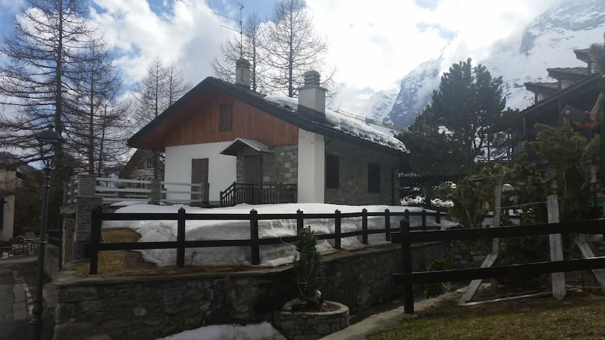 Chalet Judith - ski in/out-in centr - Breuil-Cervinia - Rumah