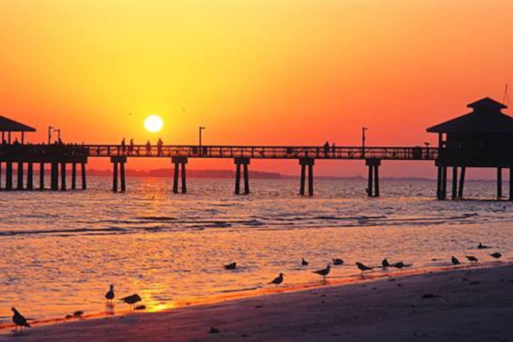 Famous Fishing Pier at Fort Myers Beach