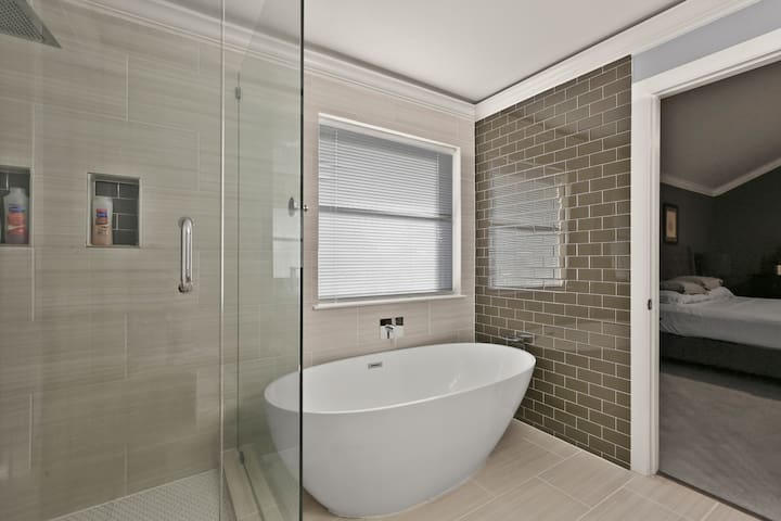 Soak away your stress in our freestanding bathtub.