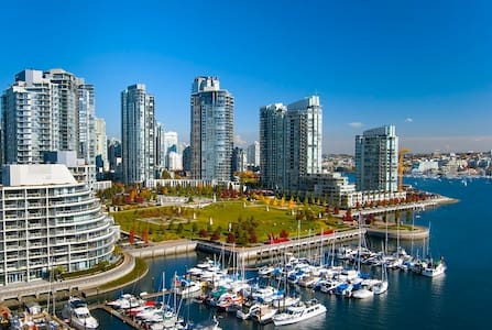 Dream Waterfront Living in Yaletown - Byt