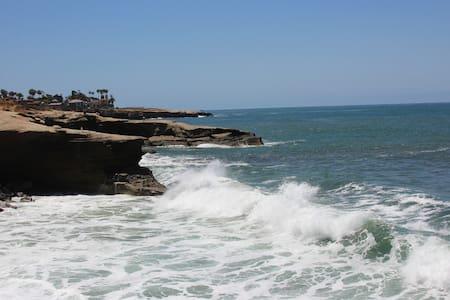 Ocean Beach/Jacuzzi/BoardHome 2/1.5 - San Diego - House