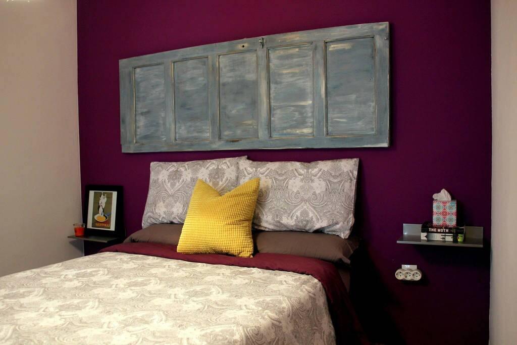 Bedroom 1 / Habitación 1