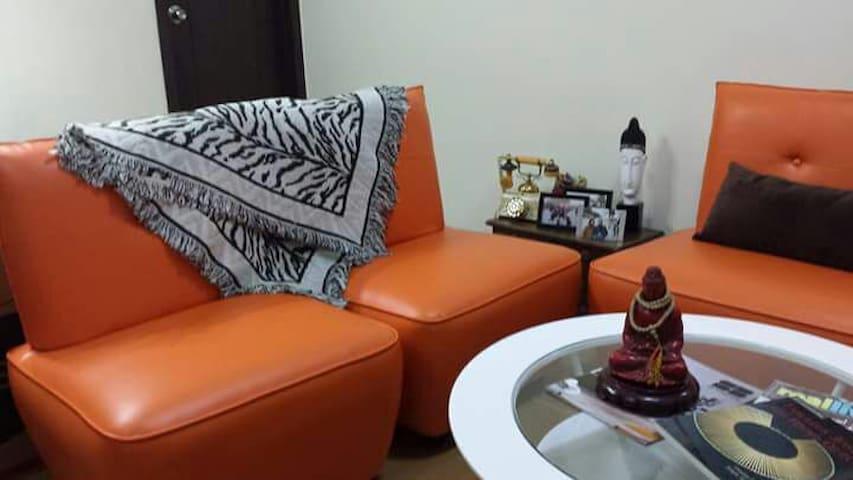 1 BD unit in San Lorenzo Place Mkti - Makati - Apartment