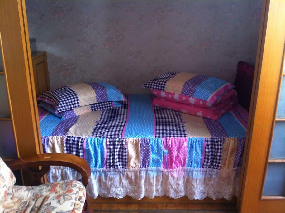 Bed room 日式榻榻米床