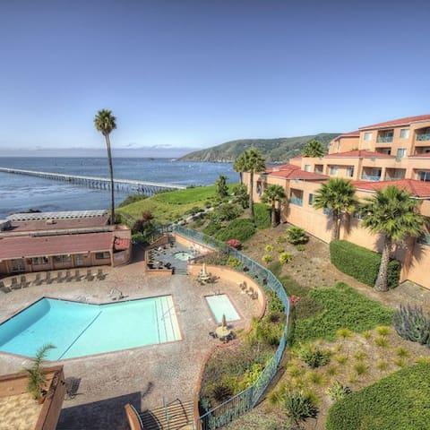 Ocean or Beach view, Studio for 4 - Avila Beach - Condomínio