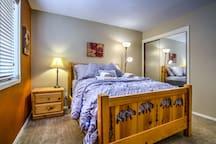 Heavenly 2 Bedroom Loft Apartment Sleeps 6