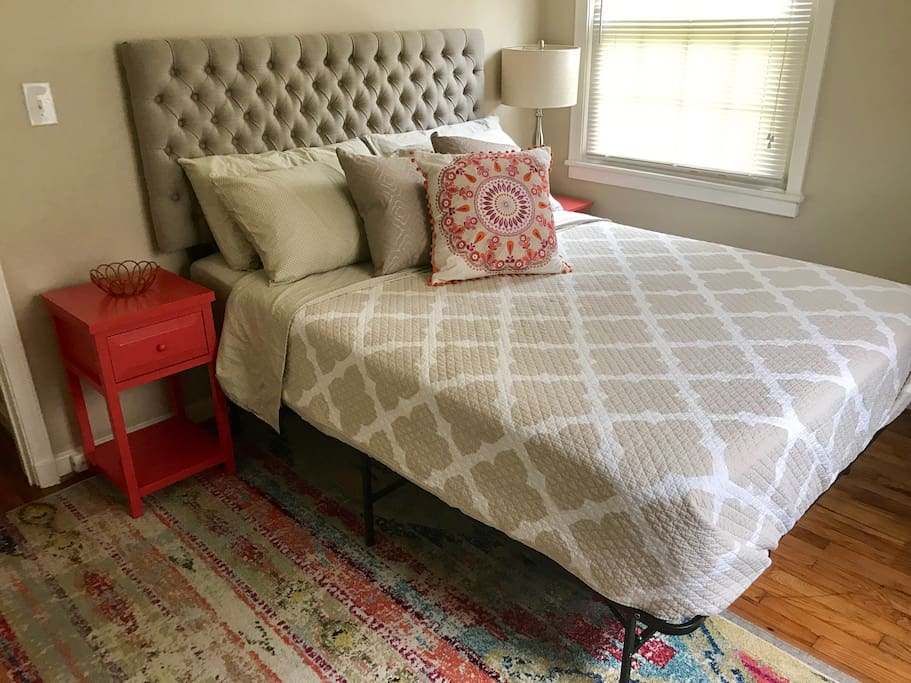 Queen size bed. Dresser / closet  / end tables available for use.