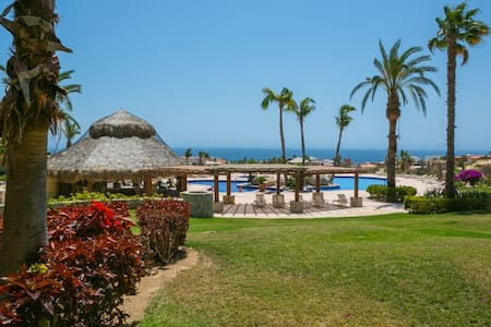 Quiet & Secure 2 Bedroom Condo w/ Spectacular View - Cabo San Lucas - Lyxvåning