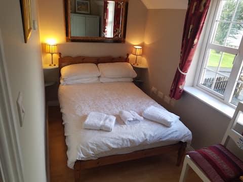 Ennis   Bedroom