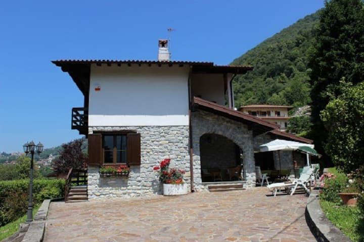 Villa Bellavalle, 5 mins from Argegno Lago di Como