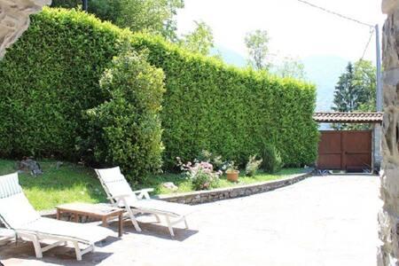 Villa Bellavalle, 5 mins from Argegno Lago di Como - Dizzasco, Argegno  - Villa - 1