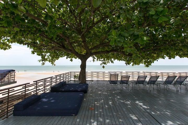 Sea view, Beachfront Baan Sanpluem