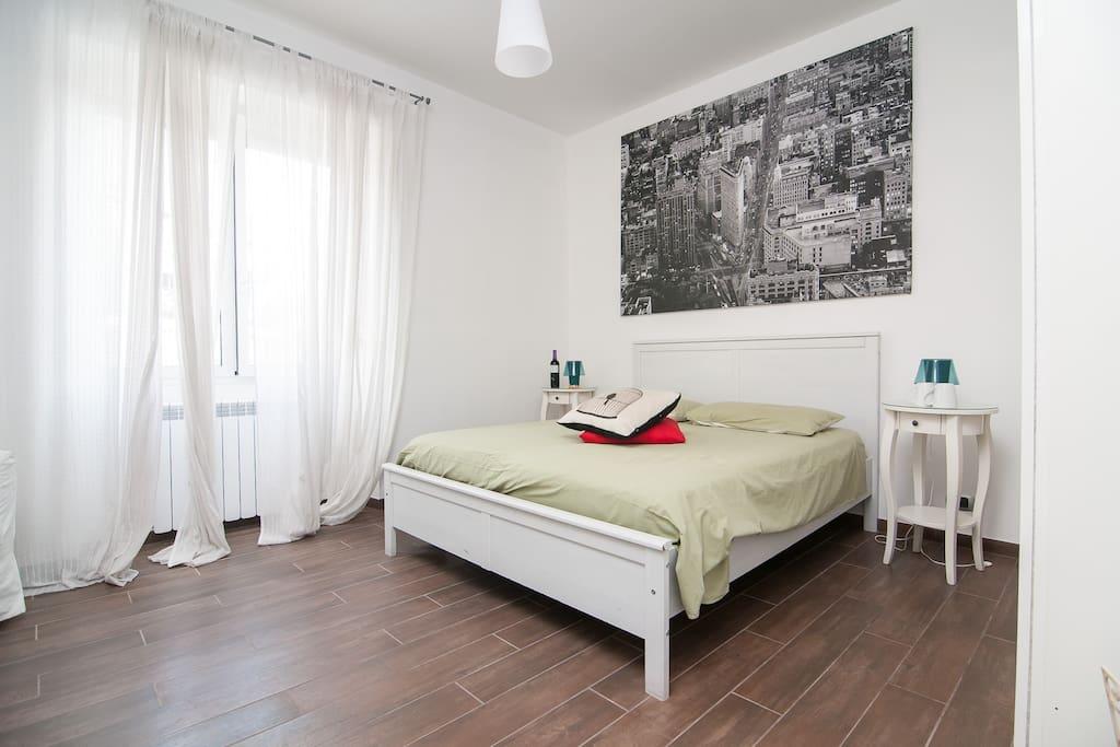 En Suite Bathrooms In Apartments: San Giovanni Room: En-suite Bathroom & Wi-fi