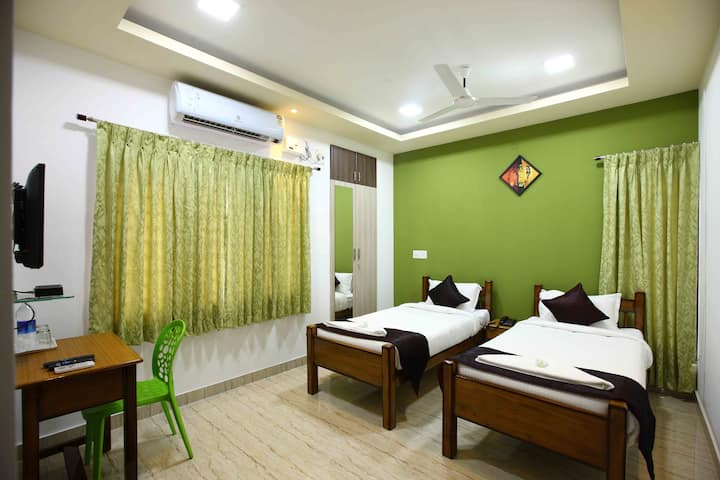 Furnished and sanitized apartments in Pondy Bazaar