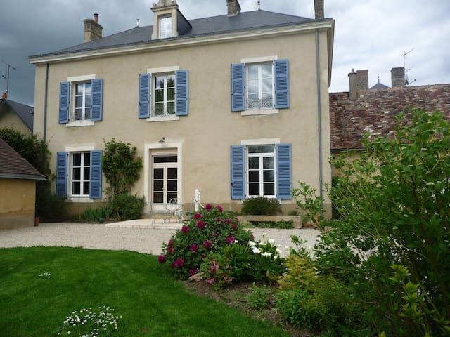 chambre au calme - Volnay - Casa
