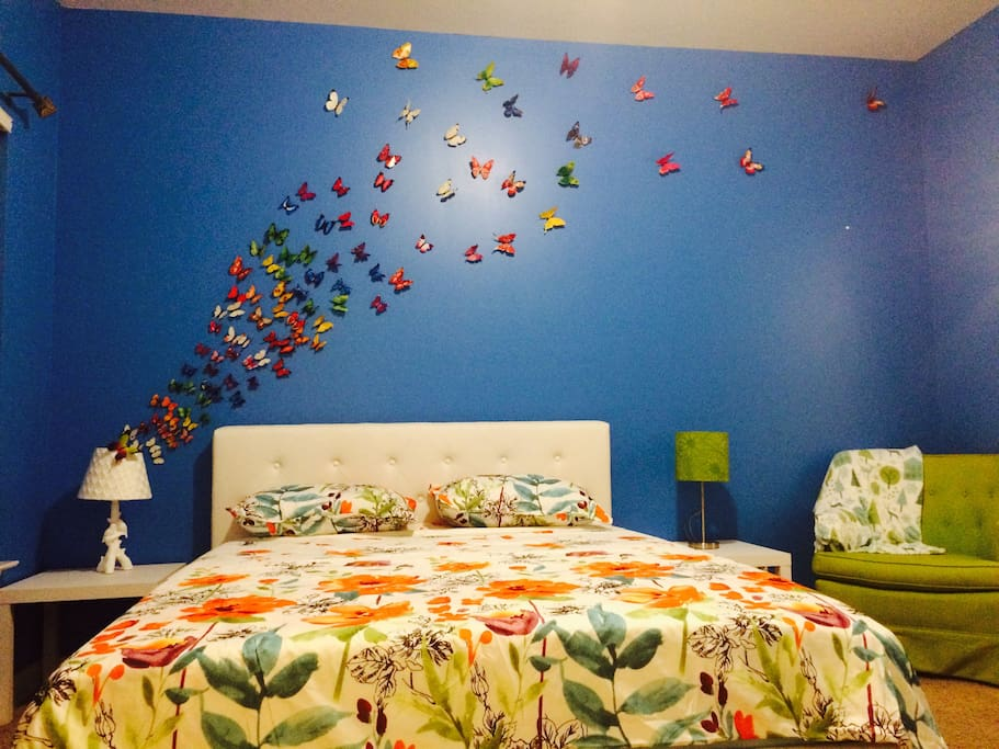 Butterfly Garden room