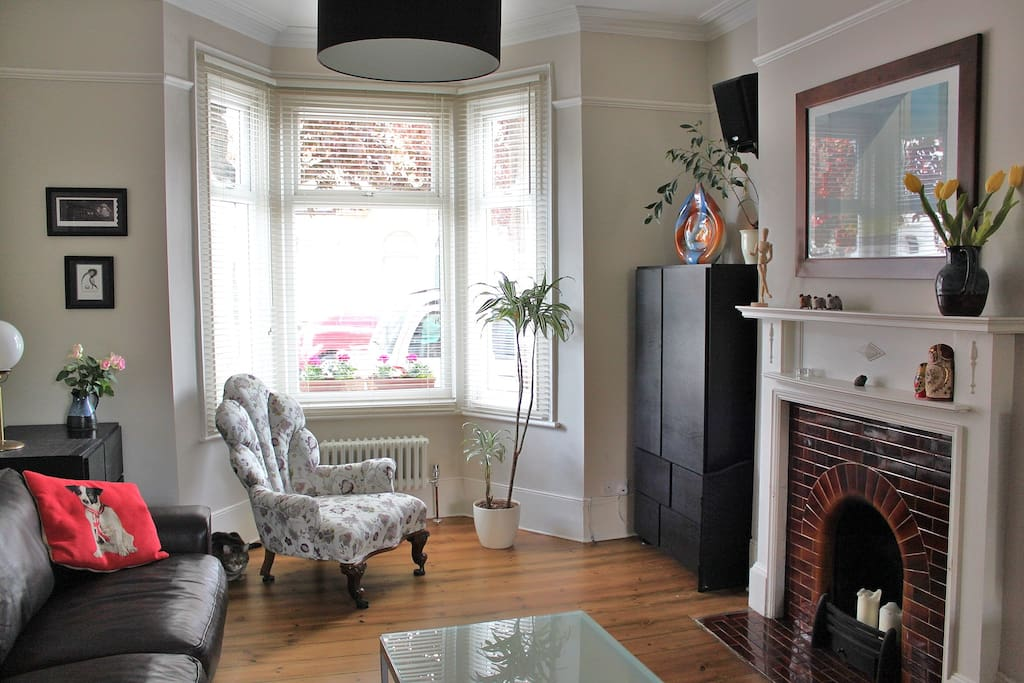 front reception room with fireplace