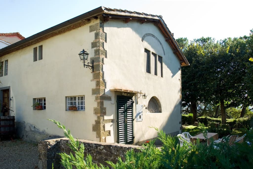 Custodi - a lovely cottage with own garden. A stunning view from the terrace
