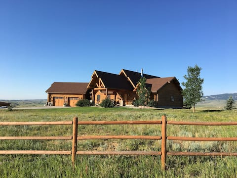 Beautiful Log Home with View & Horse Boarding
