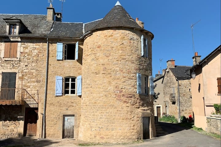 Stay in our 14th century renovated tower