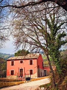 B&b La casetta del vecchio molino - Poggio San Marcello