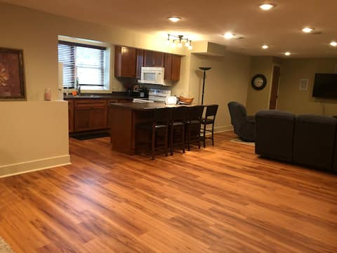 Private lower level apartment in Mishawaka