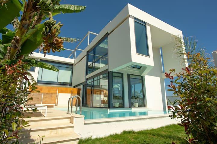 Prestige Villa 1, 250m From The Beach, Chania