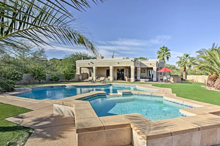 Spacious Lux Oro Valley Home w/Pool,Spa& Mtn Views