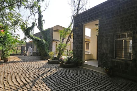 10-A Mist View, 4BHK, with a garden - Lonavala