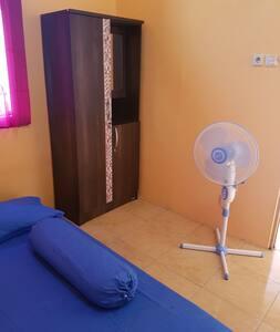 Rumah dengan 1 kamar