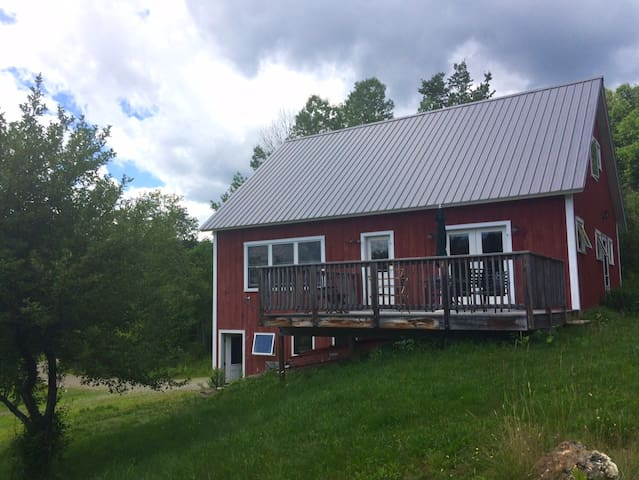 The Breadloaf Barn House Rental - Granville