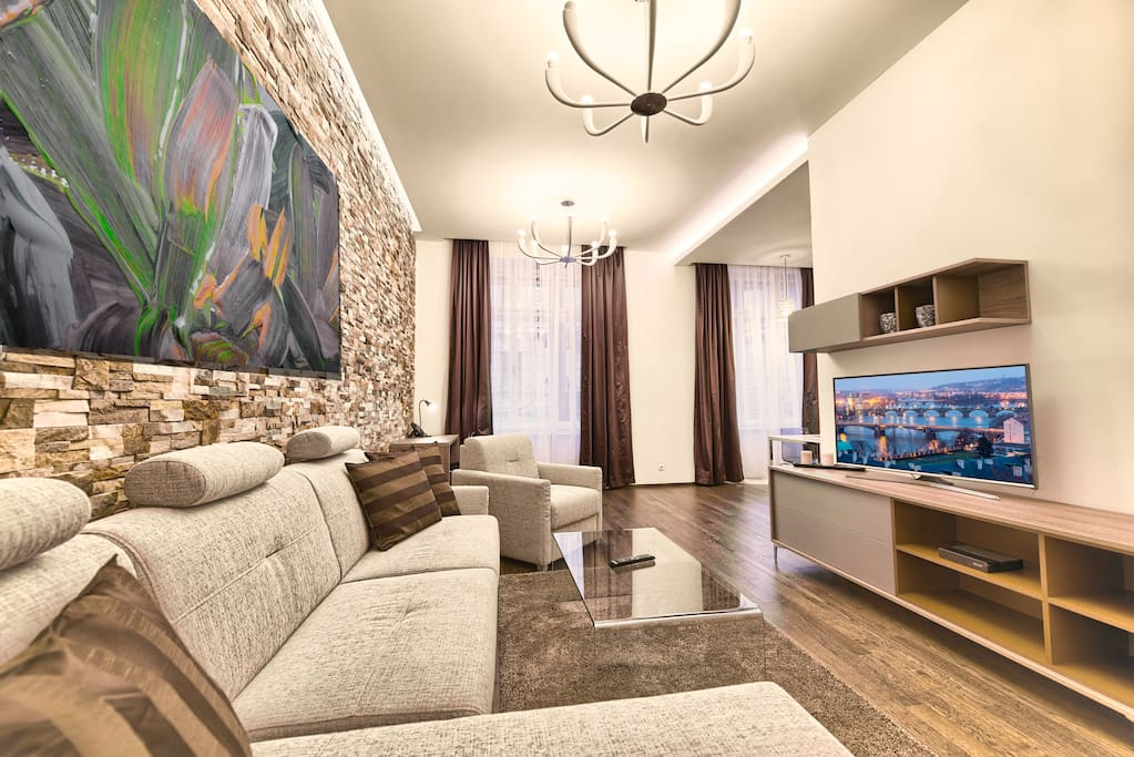 Modern and spacious living room with flat-screen TV