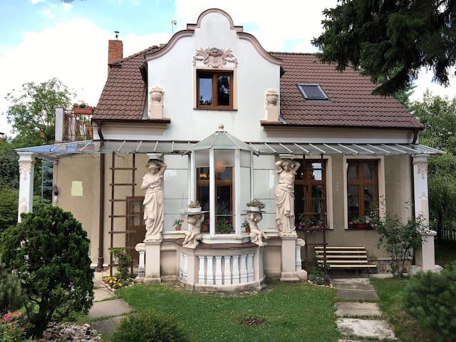 """Genius Loci"" Villa Zdenka, app. Charles Bridge"