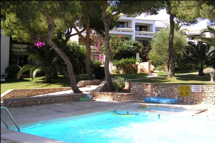 Duplex en Cala Ferrera con piscina