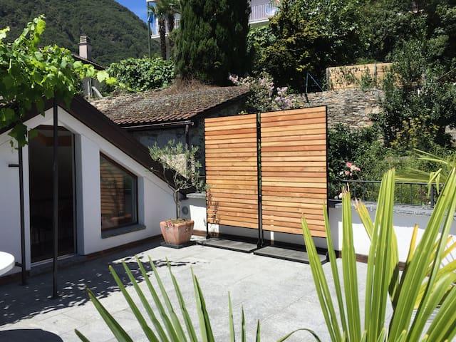 Rustici in Arcegno, mit grosser Terrasse