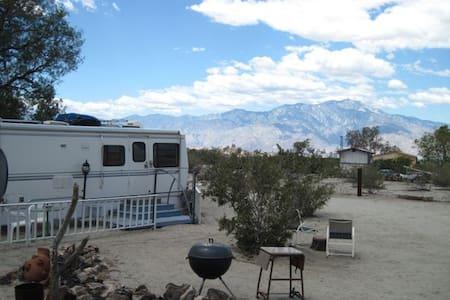 Sky View Camp Trailer - Sky Valley - Camping-car/caravane