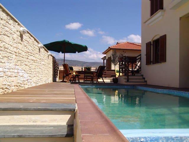 Goudi apts - Paphos - Villa
