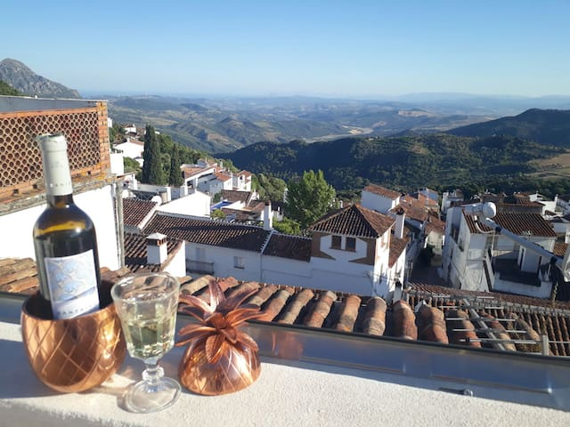 A jewel in a spectacular Andalusian village