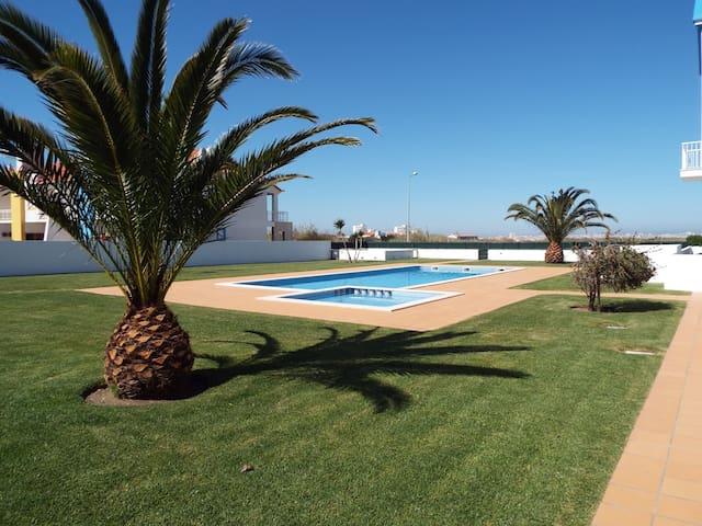 Baleal Surf Apartament+pool+Tennis