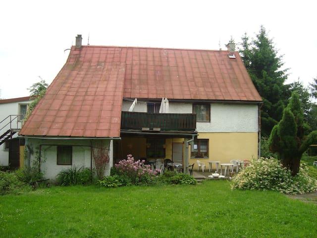 Penzion Oáza Staré Křečany - Staré Křečany - House