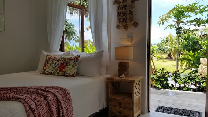 Iconic Beachfront Bed & Breakfast in Vanuatu