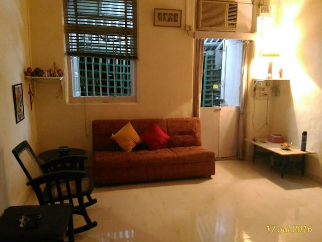 Cozy room at Colaba with kitchen and bath