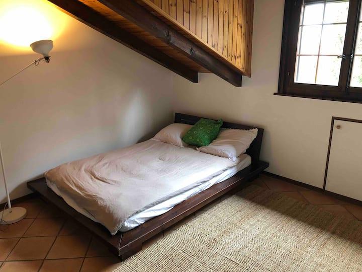 Chambre dans un charmant village proche de l'EPFL