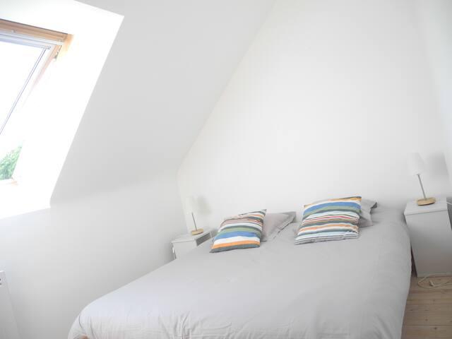 Ou Deuxième chambre double 2 lits Etage