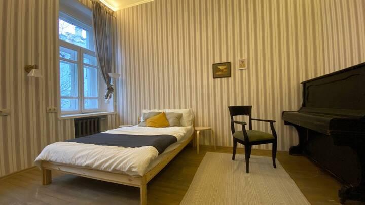 Уникальное жилье в Доме Булгакова!