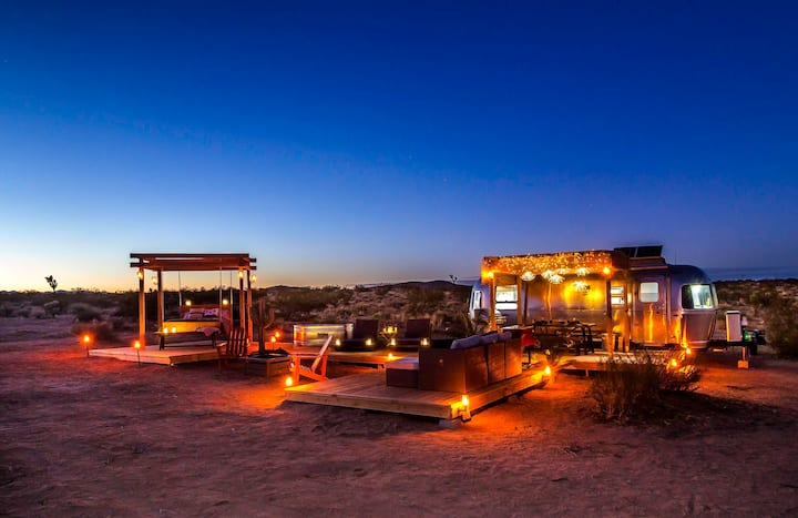 @ Marbella Lane - Joshua Tree Remote Airstream Stargazing Glamping!