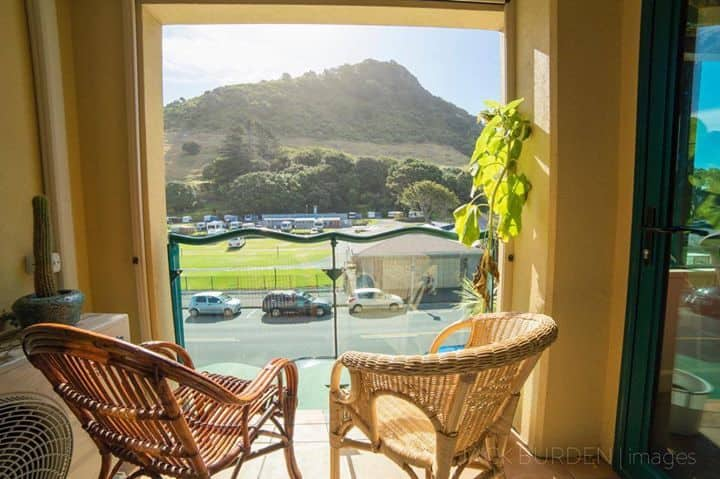 Sunny, Spacious 2bdrm w/ best views of the Mount